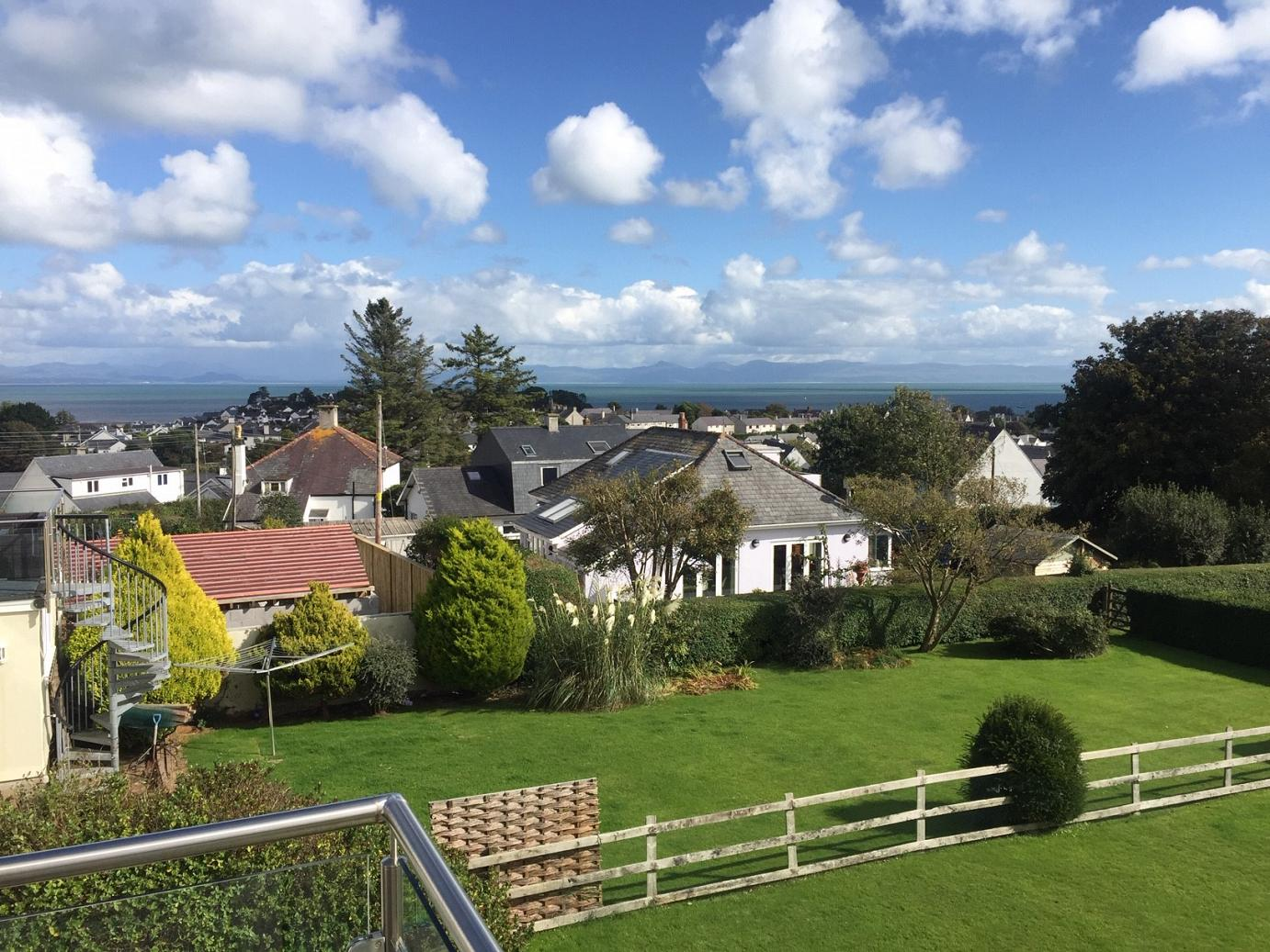 Luxury cottages in Absersoch, north Wales